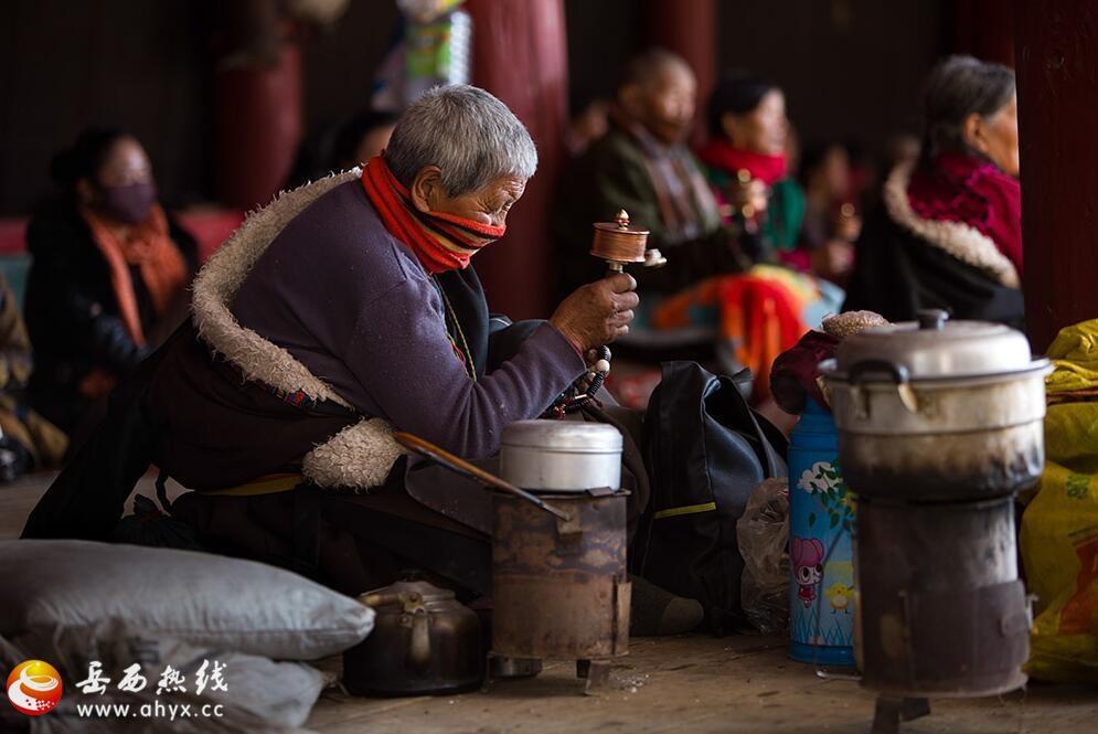 川西藏传佛教法会