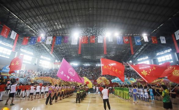 第十二届中国大学生舞龙舞狮锦标赛在岳举行