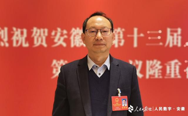 """江春生:建成旅游""""黄金观光线""""巩固扶贫成果"""
