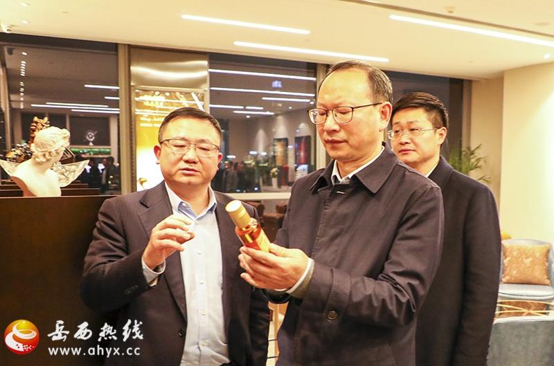 江春生率队到上海金恪集团参观考察